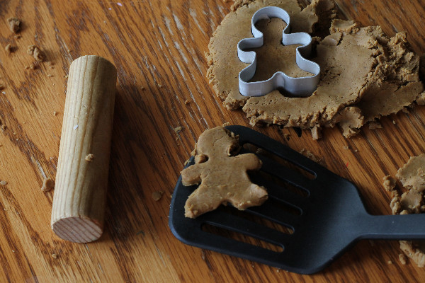 spicy gingerbread play dough