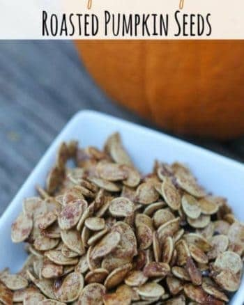 Roasted Pumpkin Pie Spice Pumpkin Seeds