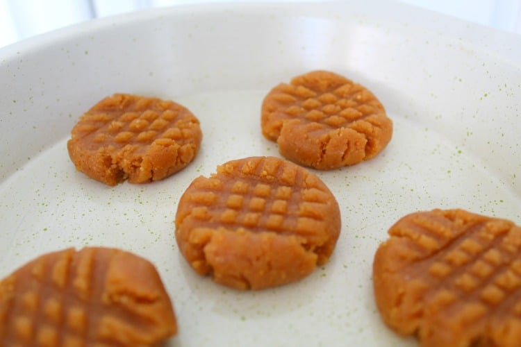baked peanut butter cookies